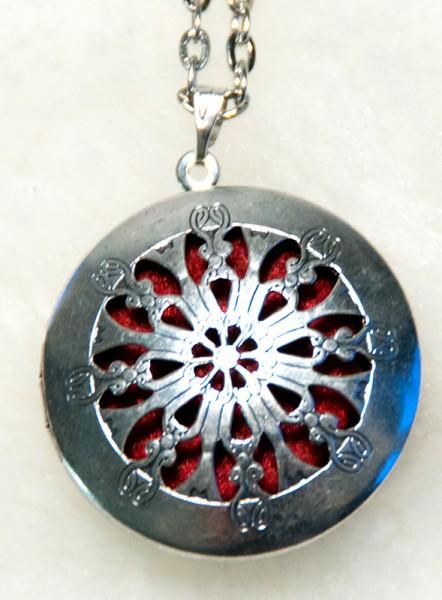 Medaillon Runen