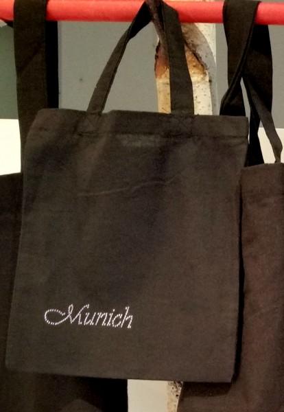 """Strass-Tasche """"Munich"""" 21x24 cm"""